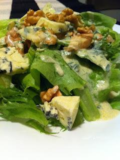 https://lh4.googleusercontent.com/-p4dACa_aEWQ/TYuVa88Fc8I/AAAAAAAAAJc/tRzL0WCz5Js/s320/salada+com+gorgonzola.3.JPG