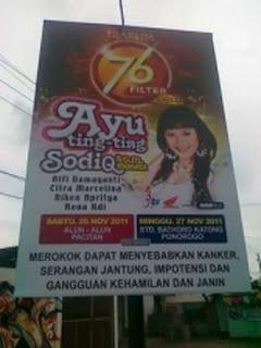 Ayu Ting Ting Tour (image by PurwoSeramania's Mobile Blog)