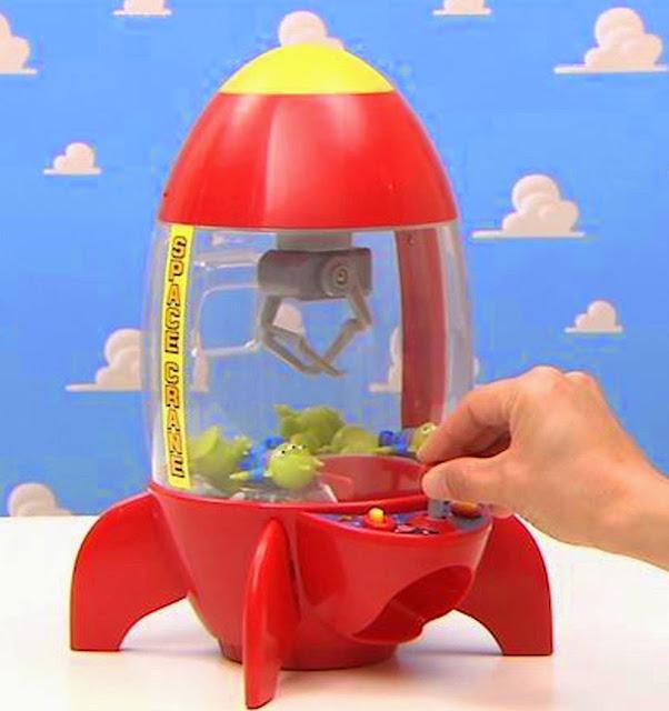 Máy gắp đồ chơi Space Crane hình tàu vũ trụ Rocket Ship rất dễ chơi và dễ sử dụng