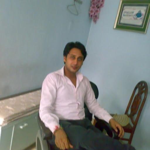 Adnan Zaidi Photo 25