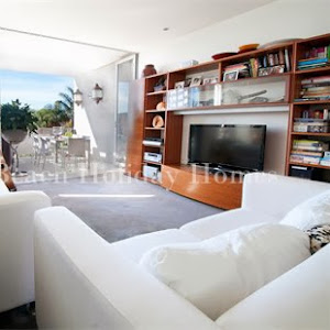 Who is Bondi Beach Holiday Homes?