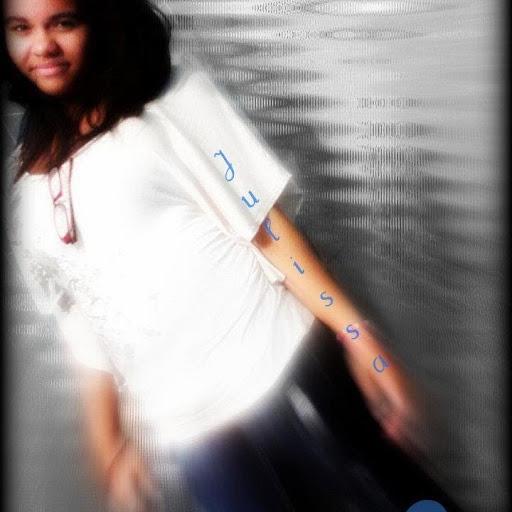 Angelina Santiago Photo 19