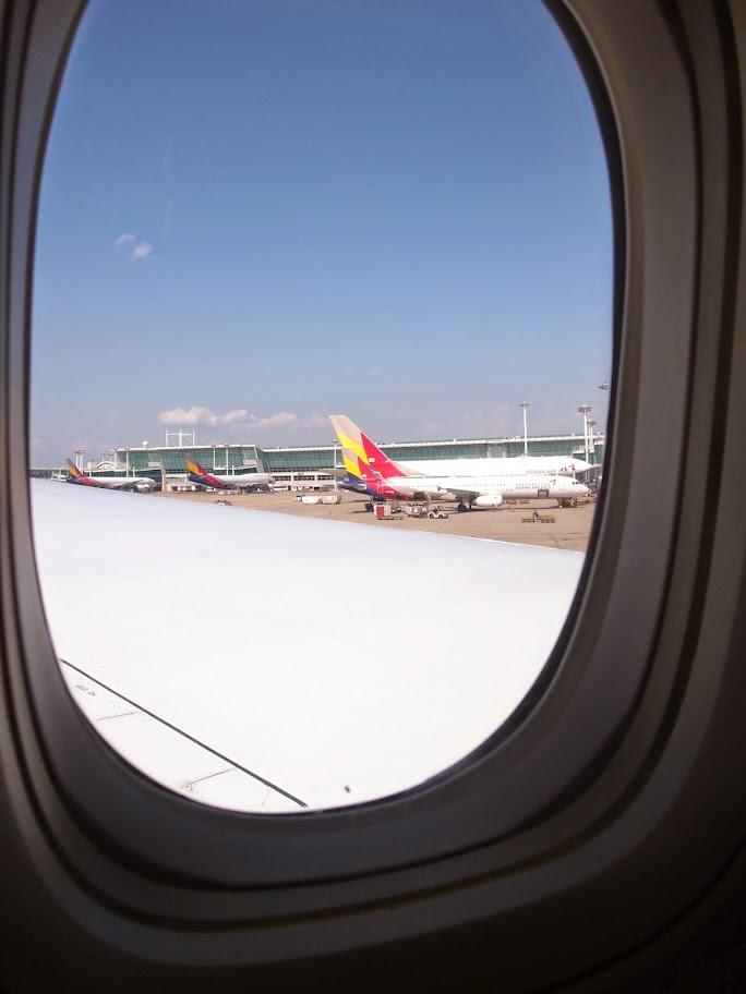 福岡→仁川国際空港 アシアナ航空機内
