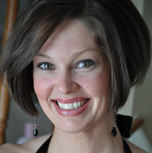 Liz Clinton Photo 10