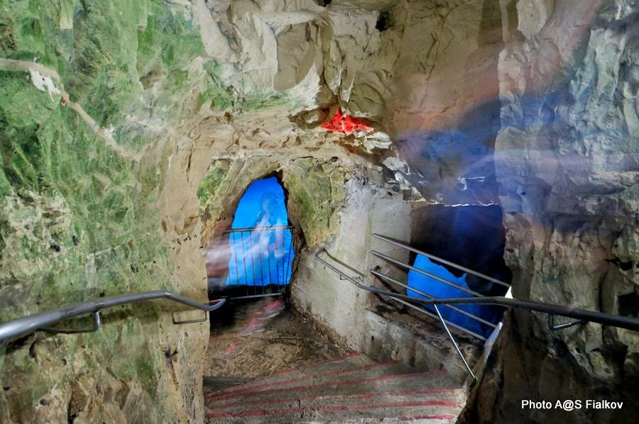 Легенда морских гротов в Рош ха-Никра. Экскурсия по Западной Галилее. Гид в Израиле Светлана Фиалкова.