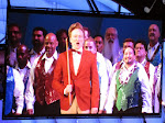 Conan O'Brien comes out for the Monorail Song