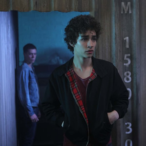 Fringues de séries: Nathan dans the Misfits [modif]
