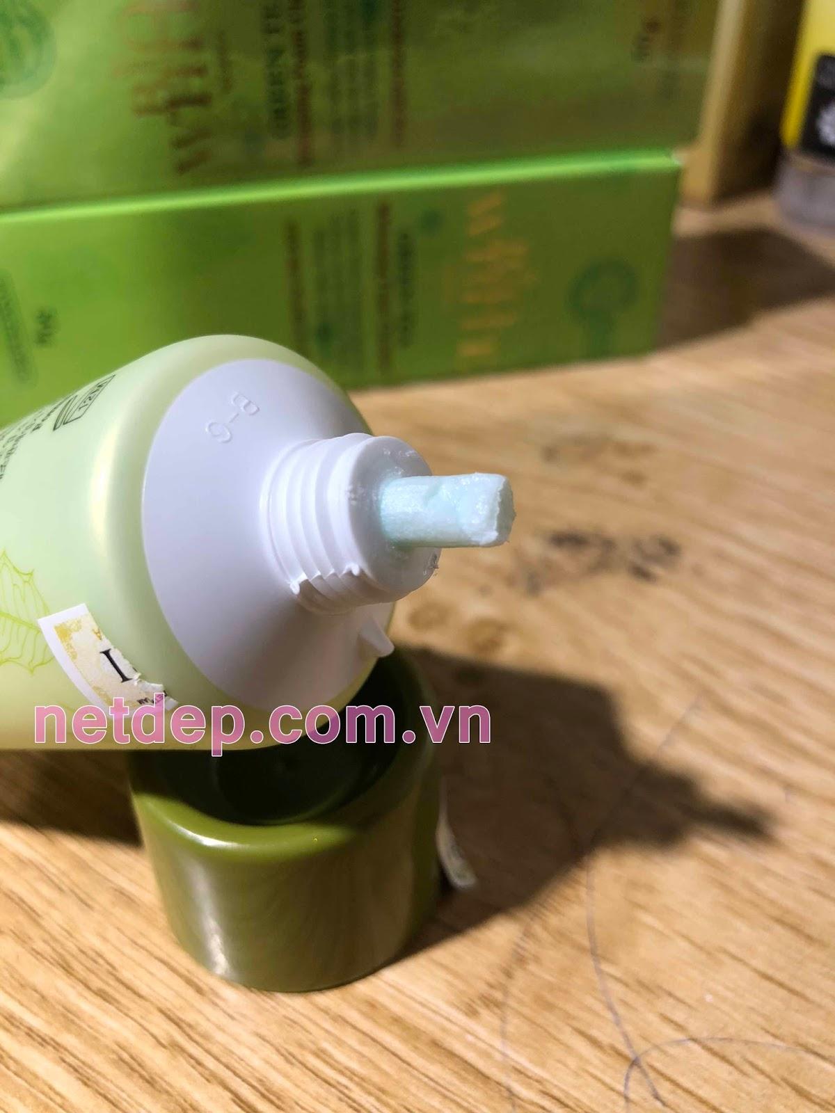 sữa rửa mặt trà xanh Bio White