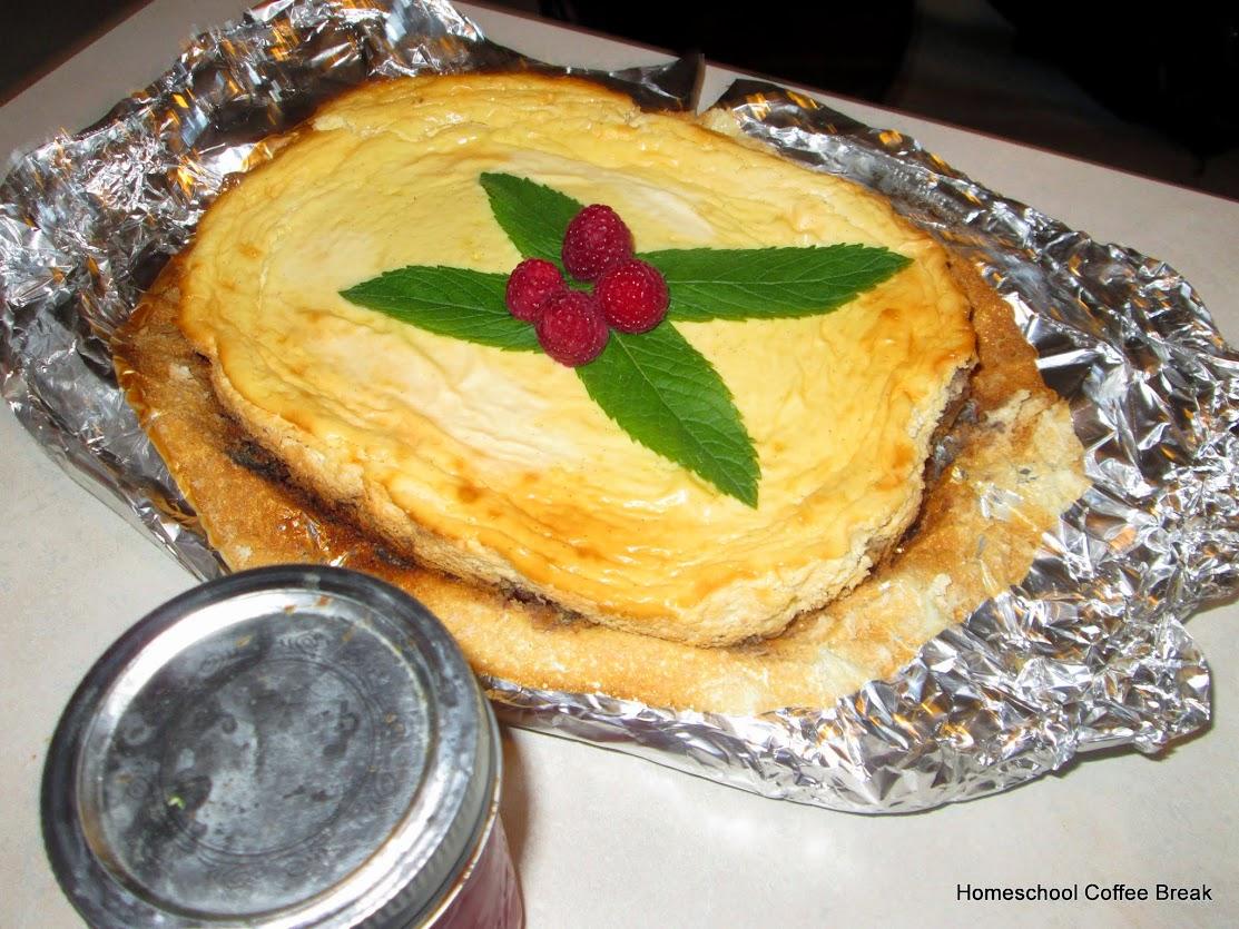 Middle School Monday - Memorial Day on Homeschool Coffee Break @ kympossibleblog.blogspot.com