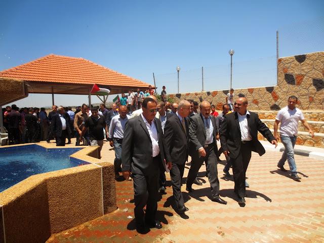 صور افتتاح منتزه الفردوس (النادي الرياضي) بحضور رئيس الوزراء د.رامي الحمدلله IMG_2949