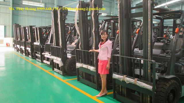 Xe nâng hàng 2.5 tấn 3 tấn Unicarriers