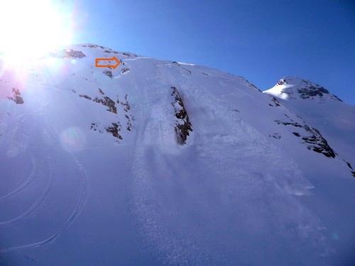 Avalanche Pyrénées - Gavarnie, secteur Pic de Ligades, Combe Nord - Photo 1 - © Popeye
