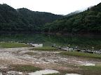 かなりの満水にて散らばるボートたち 2011-07-03T11:48:50.000Z