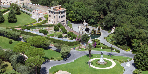 """Vườn Vatican đang trở nên """"xanh"""""""