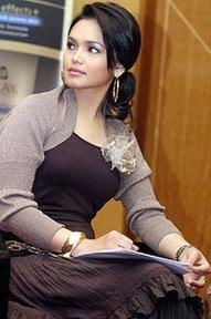 Siti Badriah Net Worth, Bio & Body Measurements ...