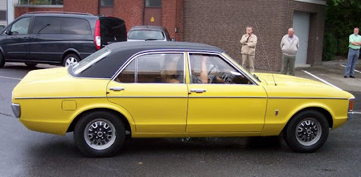 Ford_Consul_GT_2_3_V6_yellow_r.jpg