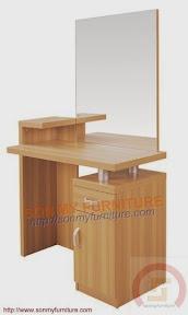 Bàn trang điểm gỗ màu tự nhiên SMTD15