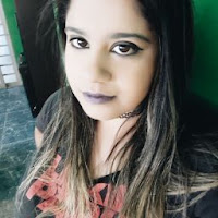 Caroline Barros's avatar