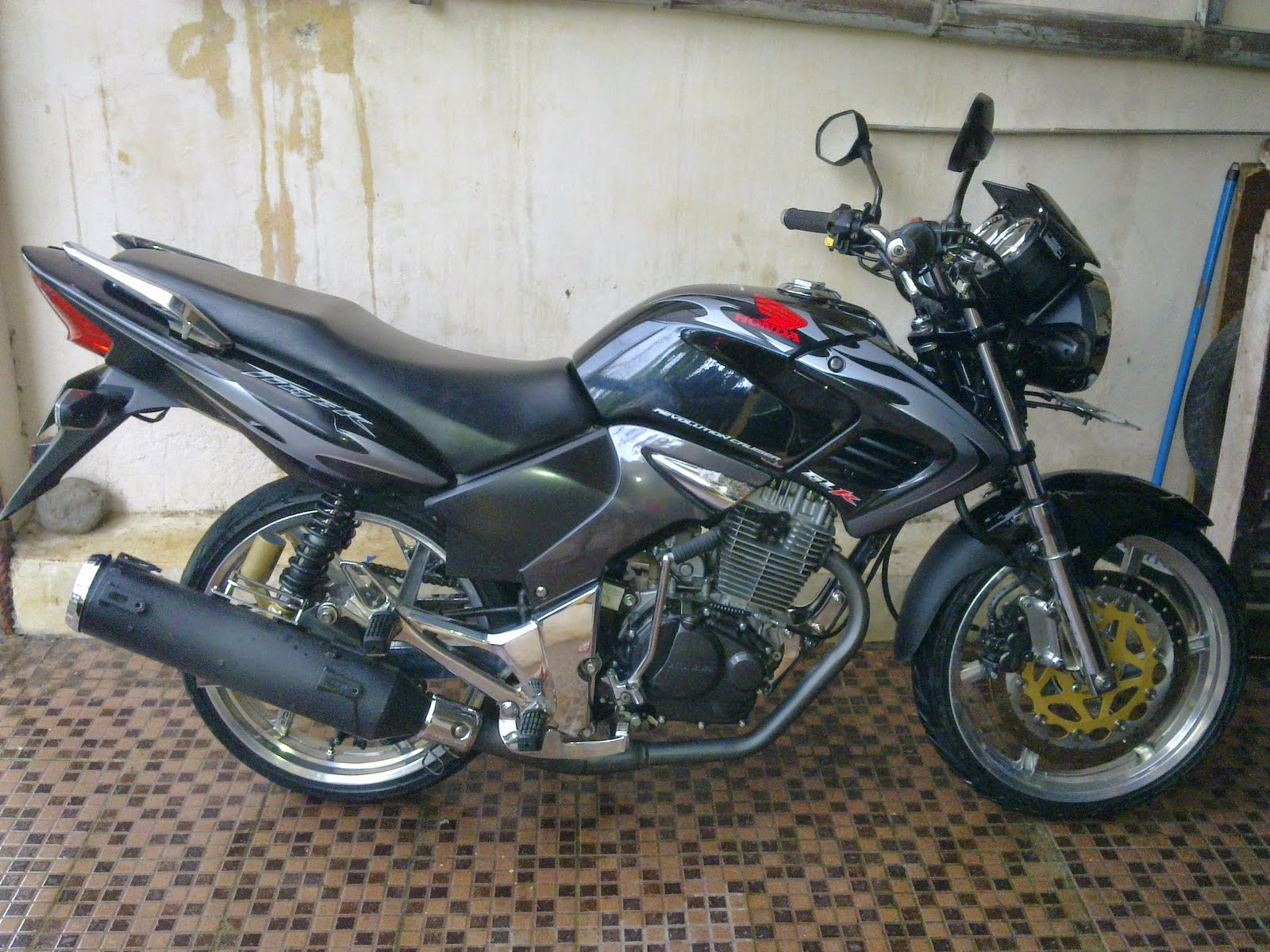 Revo Fit fi Modif Modif Motor Honda Absolut Revo