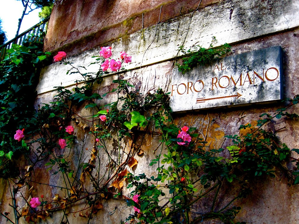 Sign for the Roman forum, Italy. Photo by Kathryn Fox.