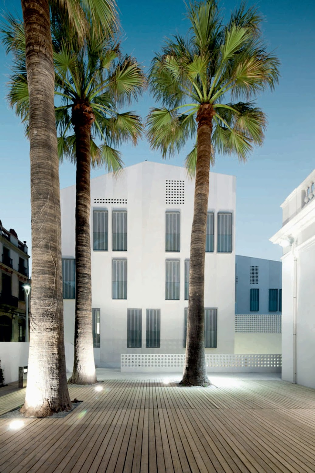 08340 Vilassar de Mar, Barcellona, Spagna: [CAN BISA BY BATLLE AND ROIG ARQUITECTES]