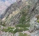 Dans le versant Scaffone, en vue des bergeries de Scaffone