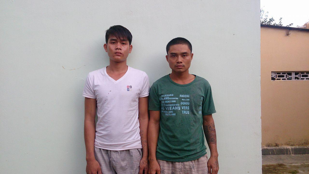 Đối tượng Định và Thuận tại Cơ quan điều tra