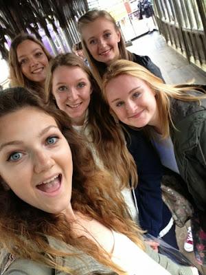 Girl group at Harry Potter Studios London tour