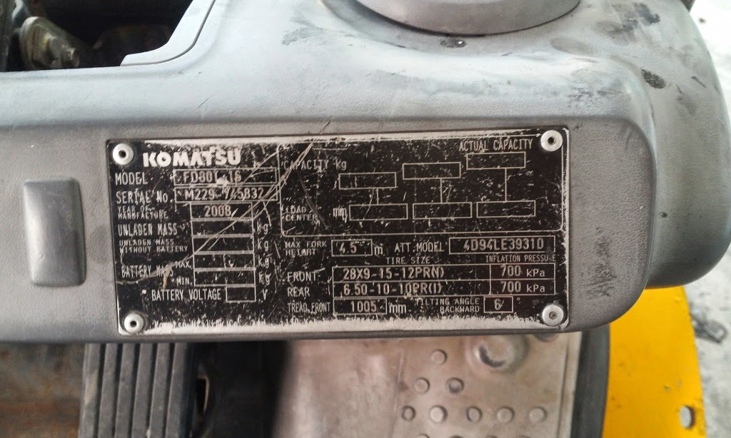 Komatsu FD30-16