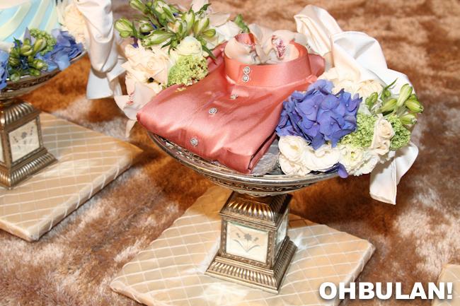gubahan hantaran baju awal ashaari kahwin