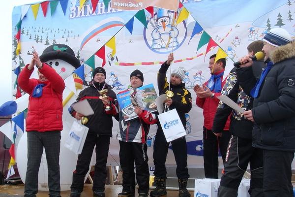 Награждение победителей снегоходной гонки в Угличе