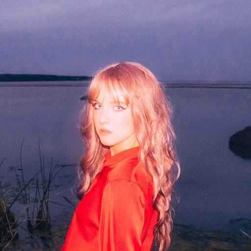 Aleksandra Hohlova picture