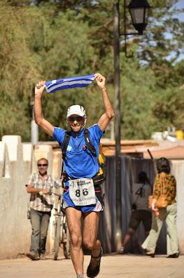 Ο Αργύρης Παπαθανασόπουλος τερματίζει στον Atacama Crossing 2012