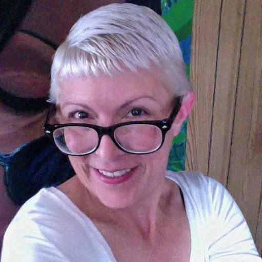 Debora Johnson Photo 12