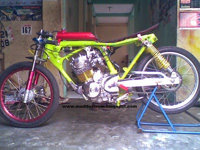 Modifikasi Revo Drag Bike