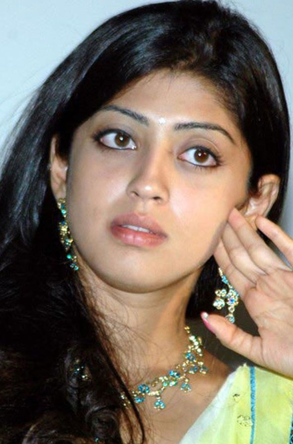 Pranitha+telugu+actress+hot