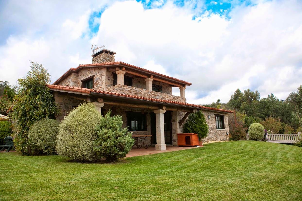 Chalet de lujo en venta pontevedra construido de piedra a 15 kms de vigo con todos los - Cierres de fincas en galicia ...