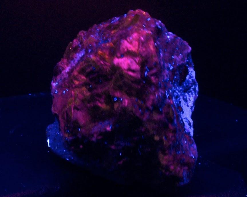 Colección de Minerales Fluorescentes - Página 3 _DSC4201