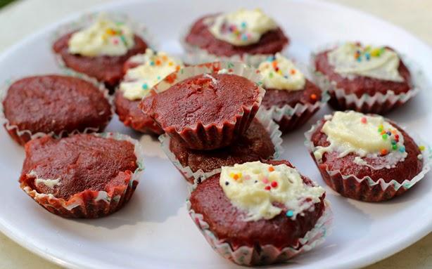 Natural Red Velvet Cupcakes Recipes | Eggless Chocolate Beet Cupcake
