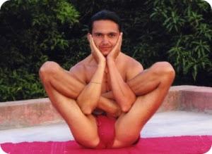 Гарбха Пиндасана