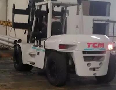 Xe nâng dầu diesel TCM 10 tấn Nhật Bản