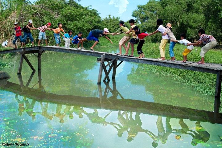 children Vietnamese game