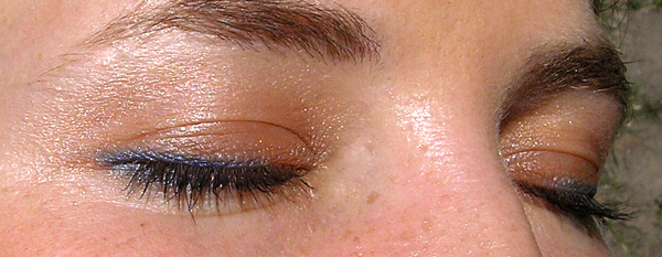 guerlain terracotta blush and sun 02 sun kissed - Румяна на глазах вместо теней