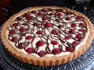 cafe golab: White Chocolate & Raspberry Tart...