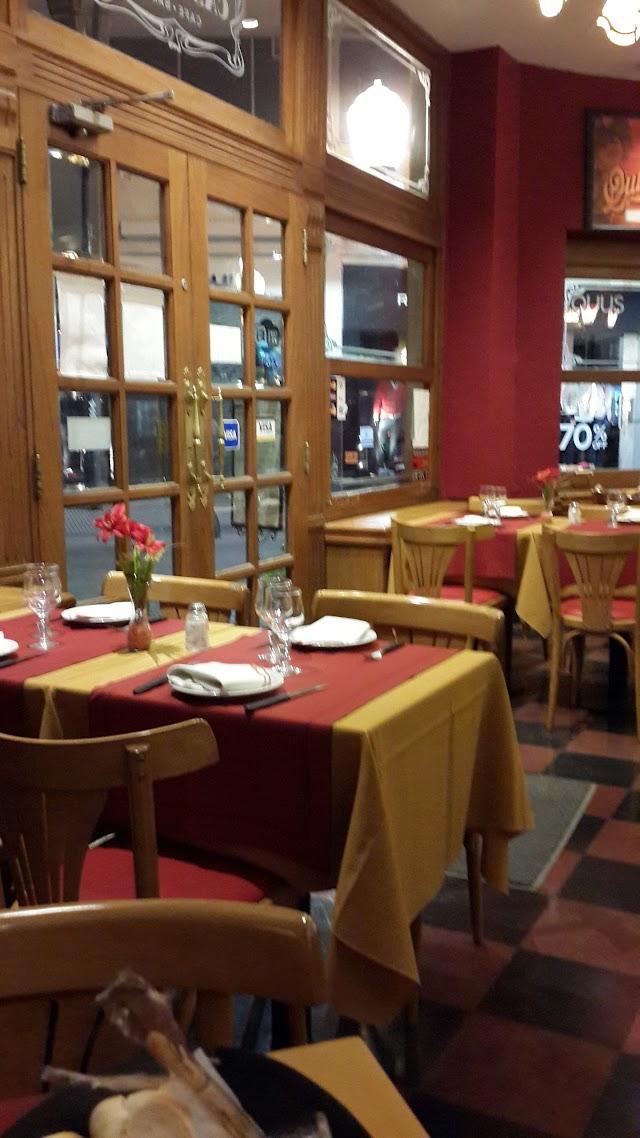 Castelar Cafe & Bar