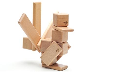 cubetti di legno per le costruzioni
