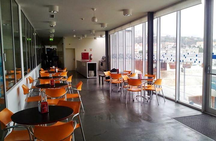 Piscinas Cobertas já têm cafetaria de apoio aos utentes