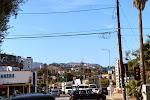 """Der berühmte """"HOLLYWOOD"""" Schriftzug - zwar nur aus der Ferne, aber das Foto entstand direkt an der Ecke, wo unser Hotel war"""