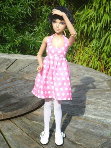 Alice (Leona JID Iplehouse) en cure de remise en forme (p 2) Essai%2520perruques00