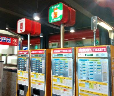 Будки для покупки билетов в Чехии